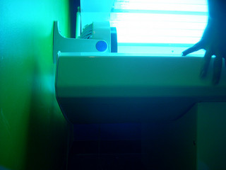 tanning beds, photo credit: theogeo / Foter / Creative Commons Attribution 2.0 Generic (CC BY 2.0)